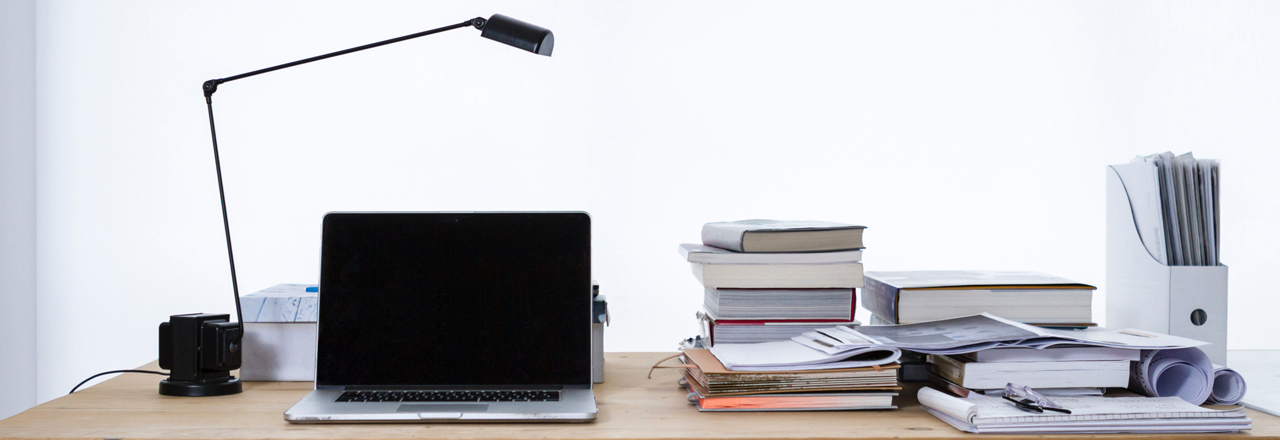 desk-header